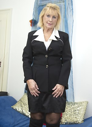 Mature Uniform Porn Pictures